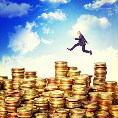 Vraag jij je af hoeveel euro je opzij moet zetten als financiële buffer? We bespreken hier enkele aandachtspunten en geven tips voor een gezonde financiële buffer.